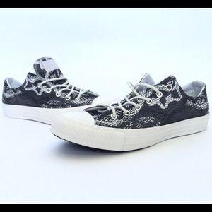 Converse 7.5 snakeskin print sneakers